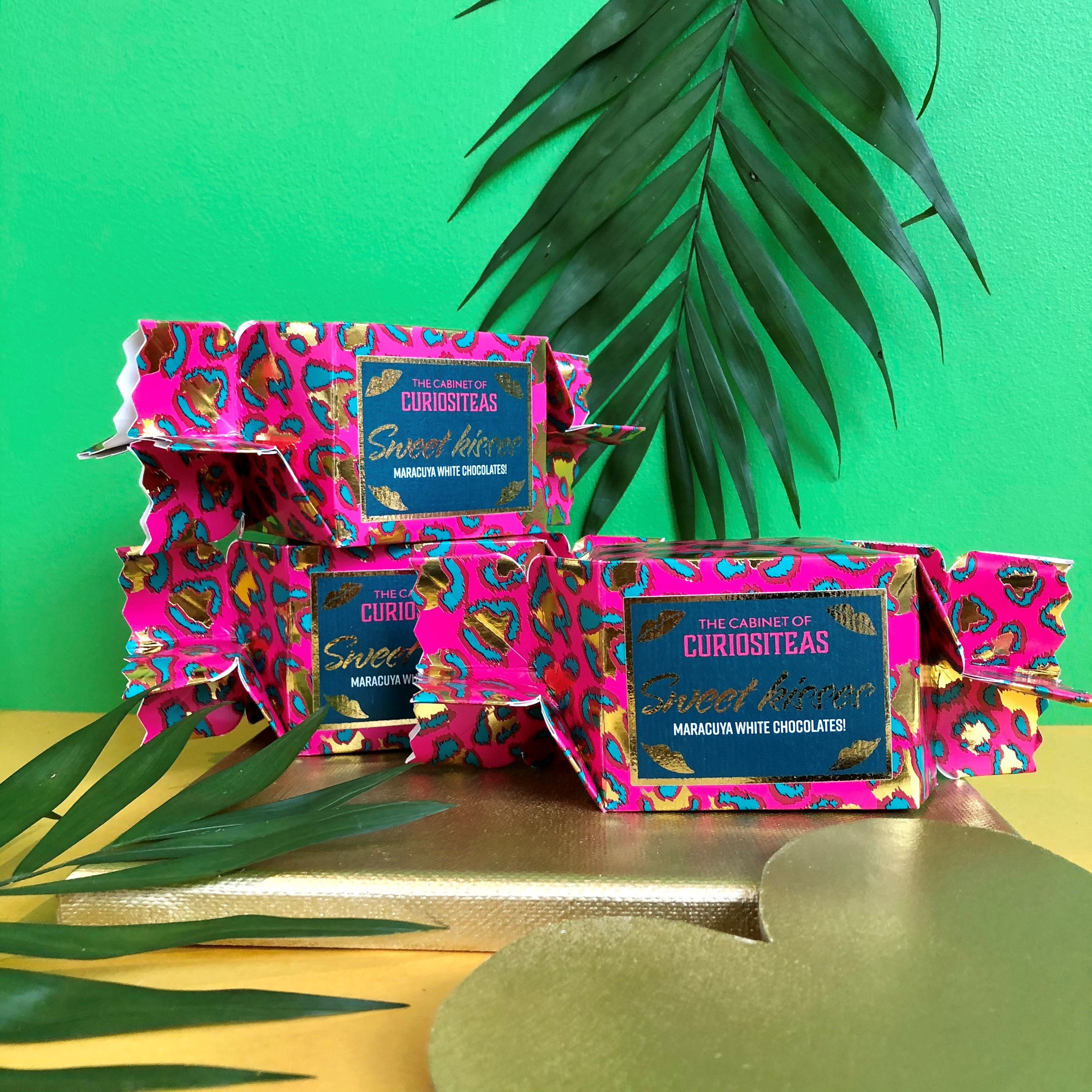 Bisous, Bisous! Candy Wrap Pink chocolade